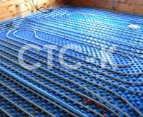 Выполненный монтаж металлопластиковых теплых полов